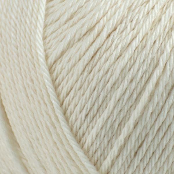 Rosarios 4 Balada Yarn - Raw White (01)
