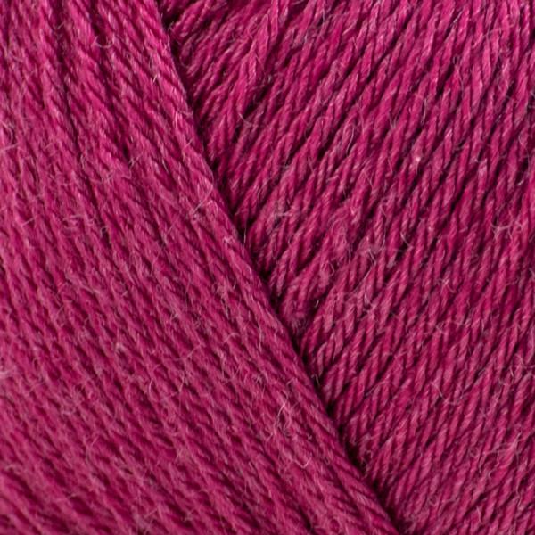 Rosarios 4® Balada Yarn - Cerise (17)
