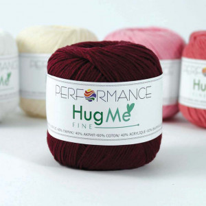 Performance Hug Me Fine Yarn (24)