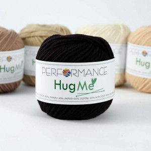 Performance Hug Me Yarn (01)