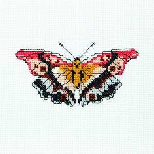 Butterfly Lily Pattern in DMC® Mouliné Spécial®