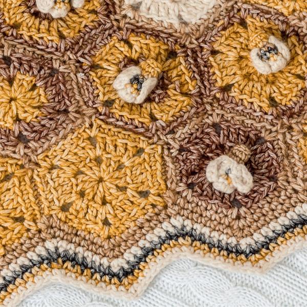 Scheepjes Stone Washed Pattern - Honey Bee Blanket
